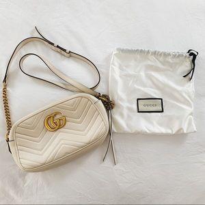 Gucci GG Marmont Small matelassi Handbag